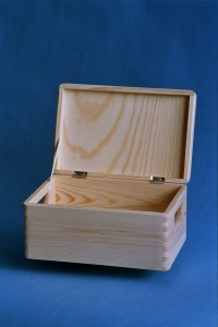 Wooden box with lid 300x200x150mm